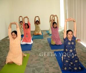 Virasana Upward stretch